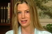 Mira Sorvino speaks out against human...