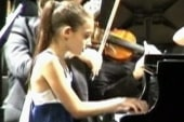 10-year-old piano prodigy wows the crowd