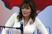 Palin continues to feed rumor mill