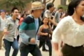 Guy arranges flash mob, proposes to...