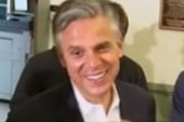 Huntsman single-handedly counts supporters