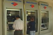 Bank of America drops unpopular ATM fee