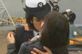 'First kiss' sailors: 'We don't have to...