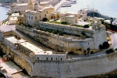 Roberts 'hiding out' in Malta