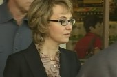 Gabby Giffords visits Tucson shooting site...