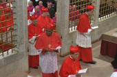 Cardinals sequestered to choose new pope