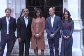 Obamas greet the Royals at Kensington Palace