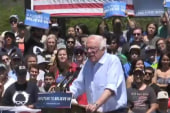 Sanders continues ruffling DNC feathers