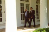 WH details Obama's meeting with Sanders