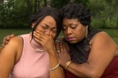 Castile's mom, sister discuss deadly...