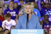 Clinton reaches out to lost GOP voters