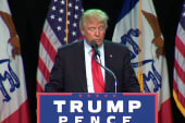 Trump: Clinton 'close to unhinged'