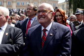 Giuliani disowns remarks on Moscow project