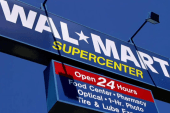 Wal-Mart to offer low-cost checking accounts