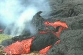 Slow-moving lava threatens Hawaiian town