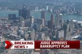 Judge approves Detroit bankruptcy plan