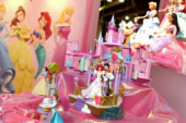 What do toys teach kids about gender roles?