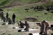 Dozens volunteer in fight against ISIS