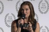 Brooke Shields: Women should lean on each...