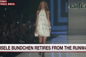 Supermodel takes her last runway walk