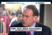 Huckabee is in the GOP 'Clown Car'