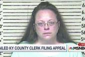 Jailed Kentucky clerk stands her ground