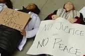 Demonstrators demand resignation of...