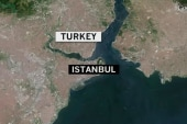 Deadly explosion hits Istanbul tourist area