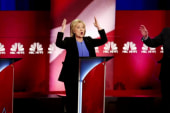 Democrats clash in final debate before Iowa