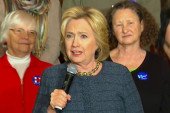Clinton vies for SC primary win