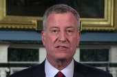De Blasio defends Clinton's messaging