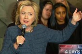Clinton, Sanders Battle For South Carolina...