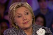 Clinton defends her Iraq War vote