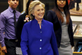 Hillary continues small business tour of Iowa
