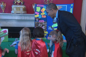 Obama's science fair: Smart robots & more