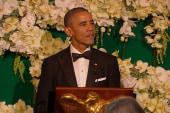 Obama cracks 'birther' joke at dinner for...