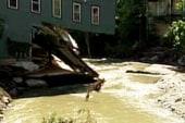 Floods leave towns stranded in Vt.