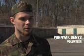 Ukrainian militia gears up to defend homeland
