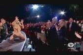 Lady Gaga serenades President Clinton