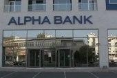 Cyprus scrambles to avert financial meltdown
