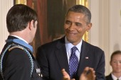 Obama awards Medal of Honor to army captain