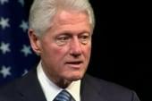Clinton stumps for Obama, breaks down...