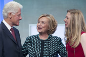Chelsea Clinton announces pregnancy
