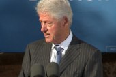 Clinton takes on conservatives, 'jobbers'...