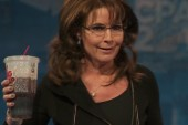 Palin hits CPAC stage, continues birther talk