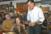 Romney and Santorum fight for Illinois