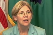 Elizabeth Warren heckled by the crowd