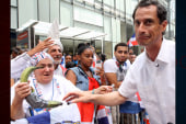 Sideshow: Anthony Weiner plays to his...
