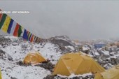 Surviving the Everest avalanche