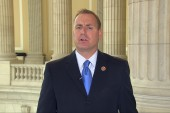 Some GOP'ers get behind immigration bill